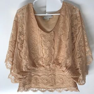 Beyond Vintage beige lace top size small